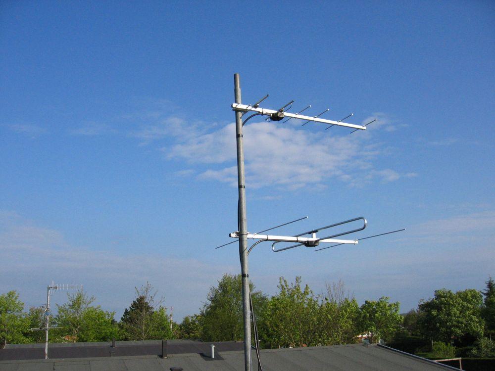 Satellite antennas and rotator - OZ1BXM